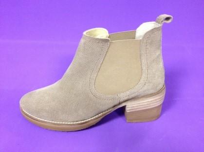 Chaussure-orthopedique-podo-orthese-femme-deage-lyon